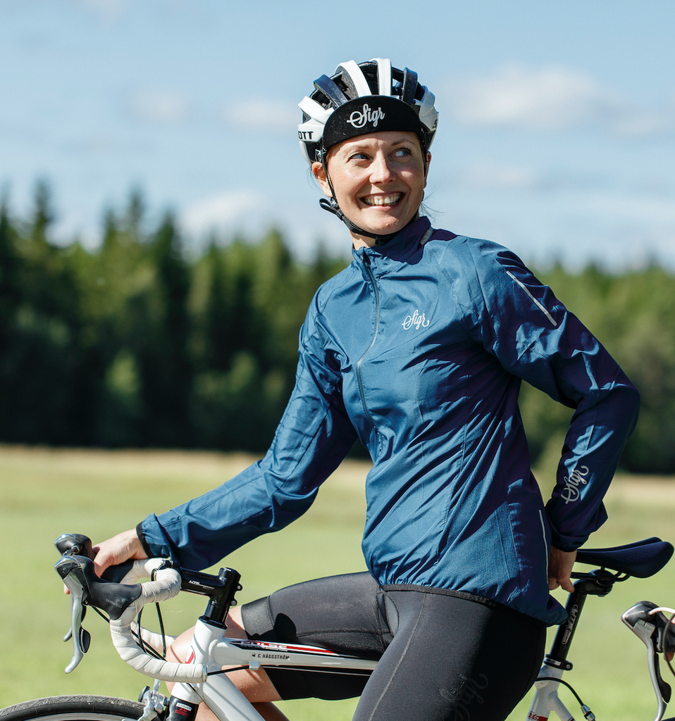 'Treriksröset Blue' Cycling Pack Jacket for Women