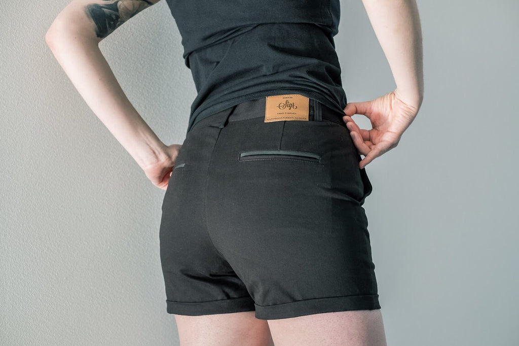 'Strandvägen' Cycling Chino Shorts for Women