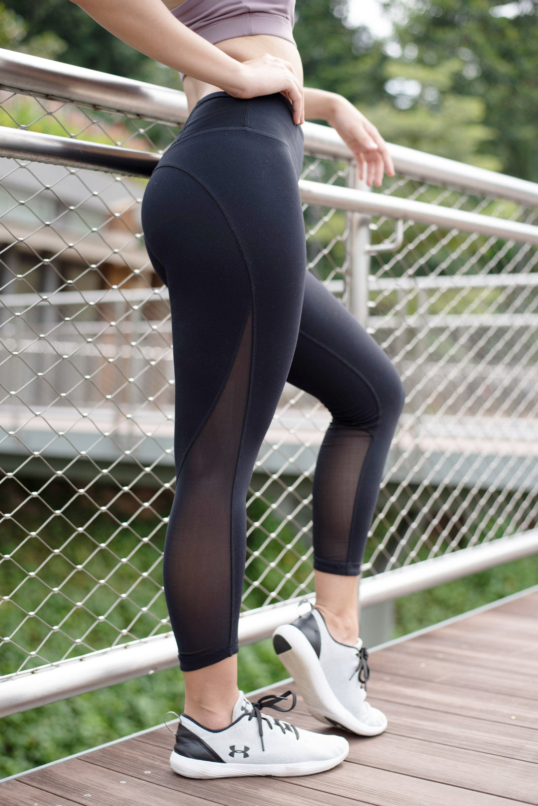 VIGOR Mid Waist Mesh Leggings