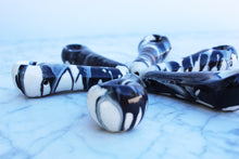 Marble Drip Purse Pipe in Black/White