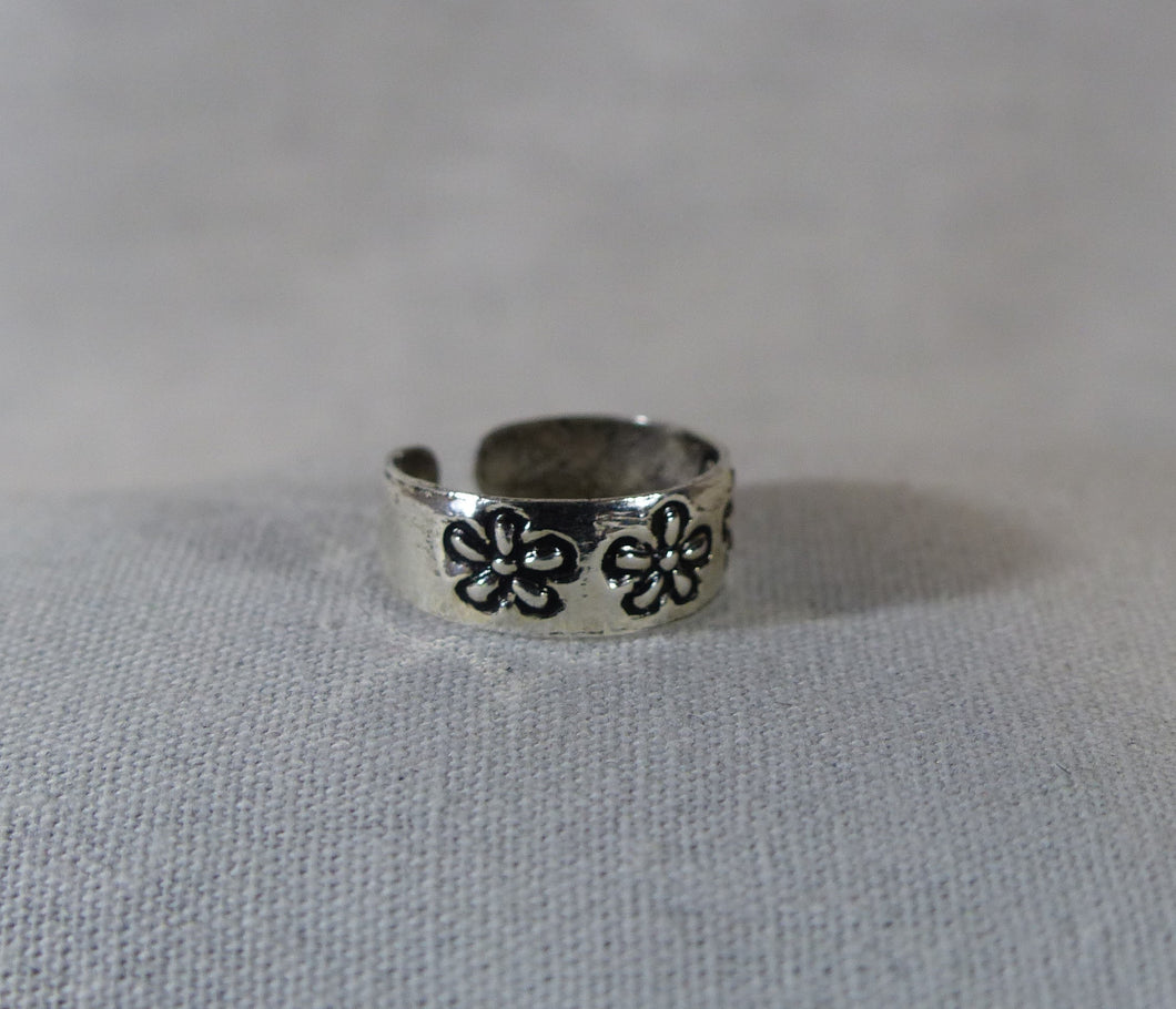 Flower Band Toe Ring