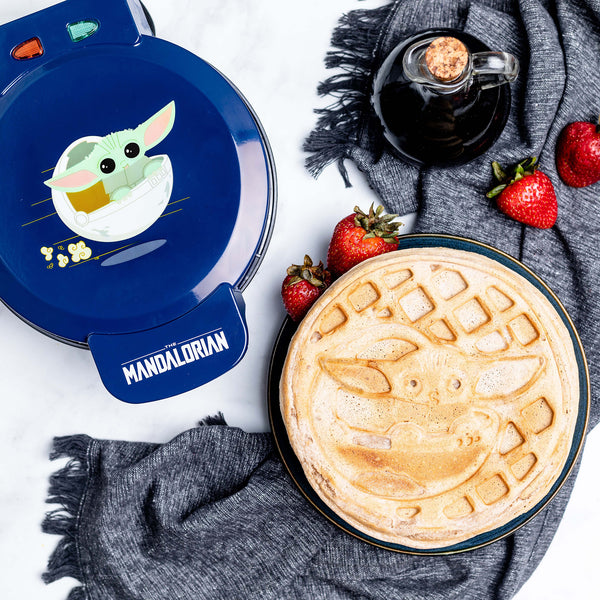 Star Wars The Mandalorian The Child Waffle Maker -PRESELL SHIPPING MAR 5TH