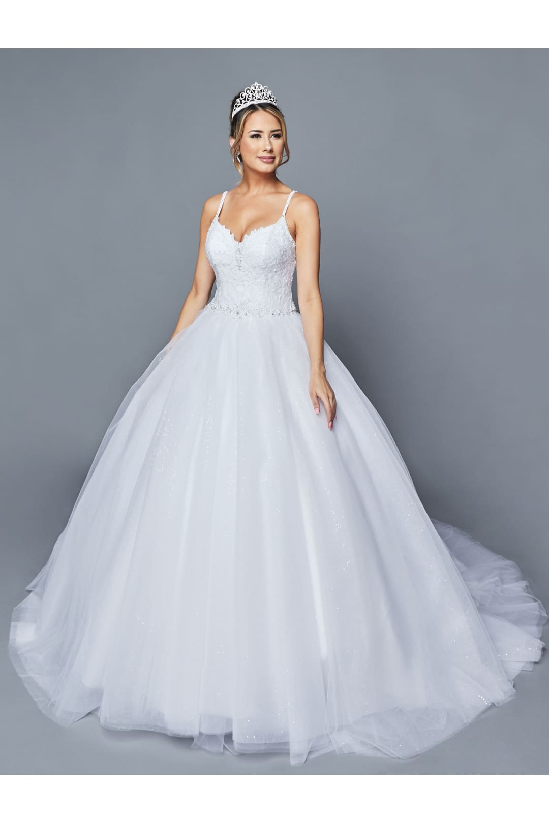 Elegant Wedding Ball Gown With Train - WHITE / XS