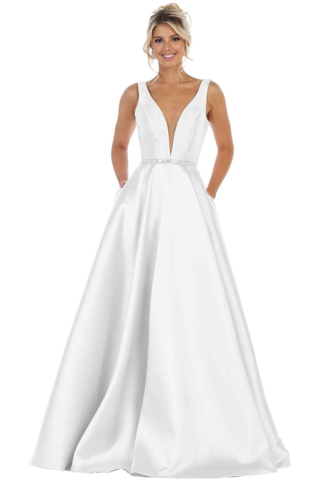 Simple Sleeveless Wedding Gown Dress - Ivory / 4