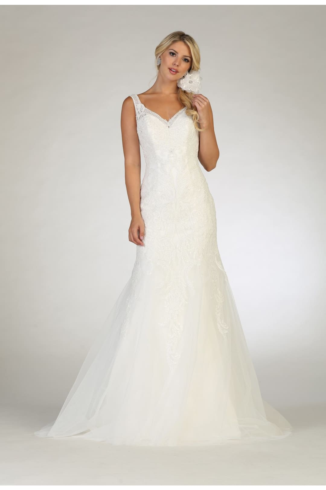 Sleeveless Wedding Dress - 4 / Ivory