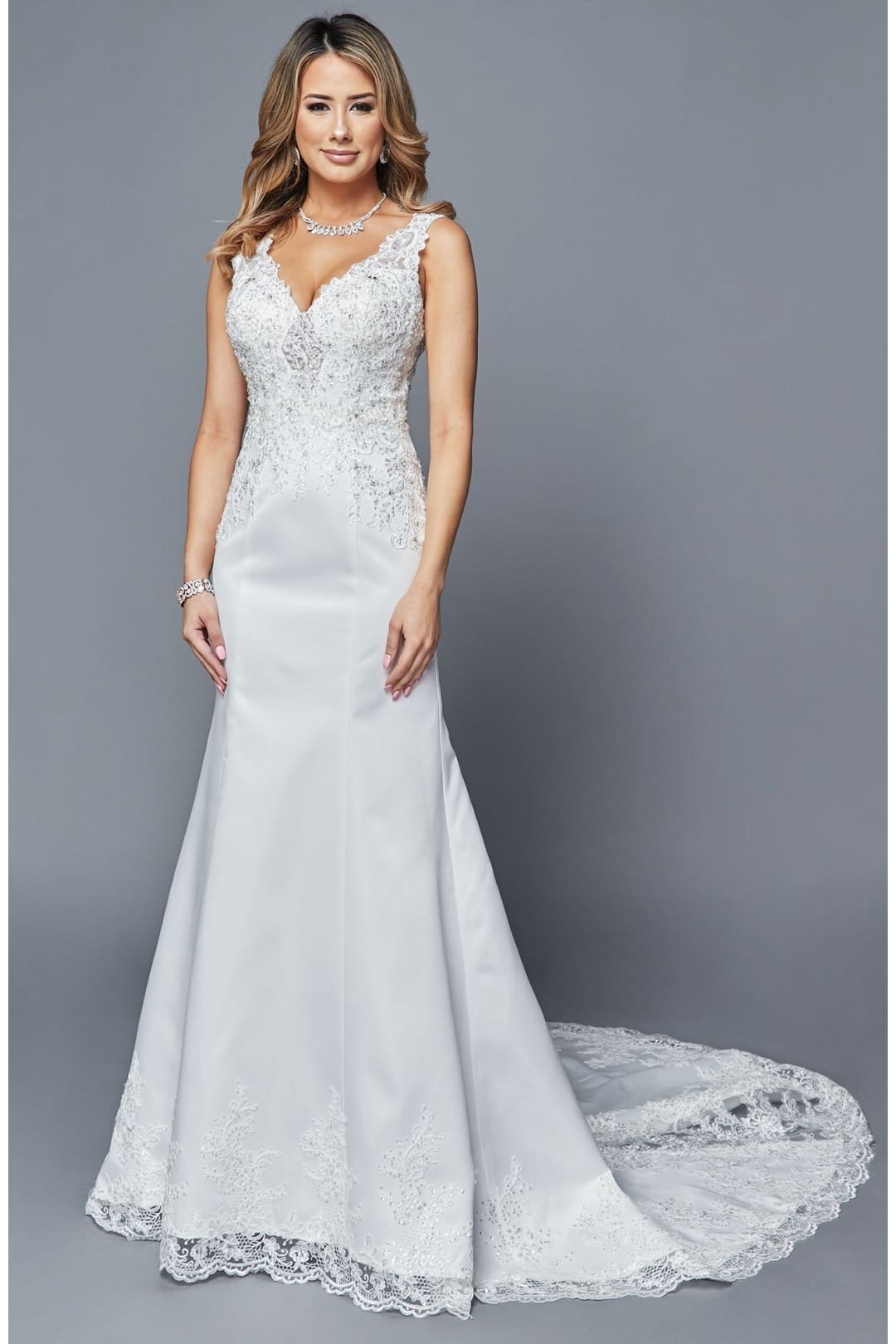 Sleeveless Wedding Formal Dress With Train - WHITE / XS