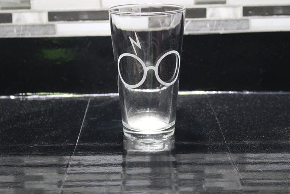 Lightning bolt Harry Potter  Inspired Pint Glass