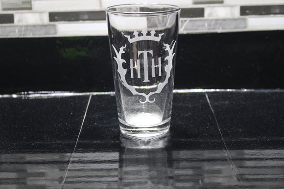 Tower of Terror Hollywood Tower Hotel Hotel Inspired Pint Glass