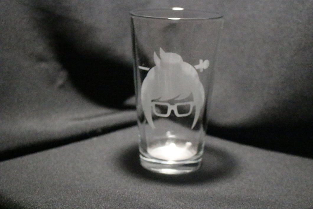 Mei Inspired Slhouette Pint glass