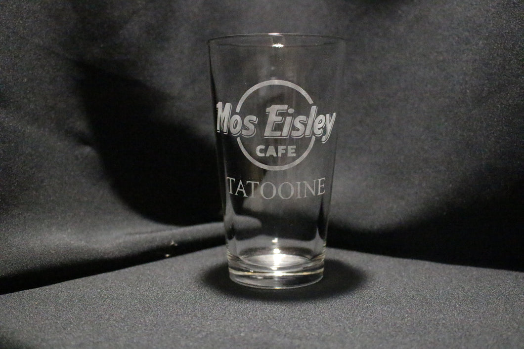 Mos Eisley Cafe Pint Glass