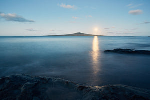 Narrowneck Moon Rise by Ant Green