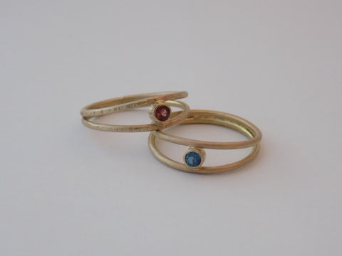 Split Band 14K Yellow Gold Ring with Gemstone