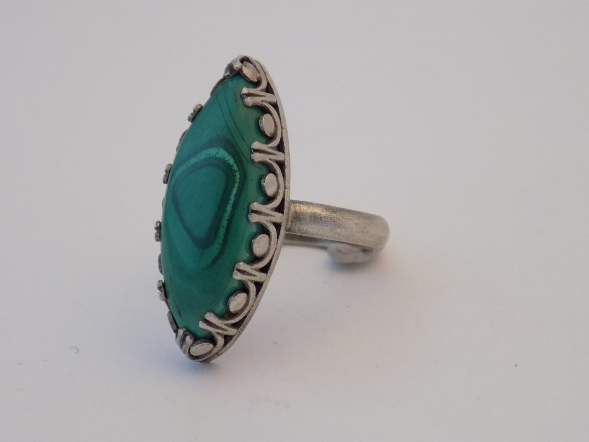 Sterling Silver and Malachite Ring - Size 8