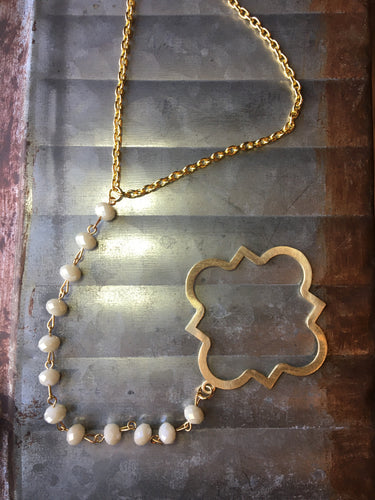 Studio K Qua trefoil Drop Necklace