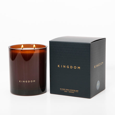 Clove and Tobacco Candle