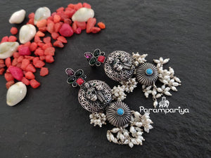Red Inimitable earrings
