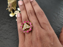 Load image into Gallery viewer, Kundan finger ring