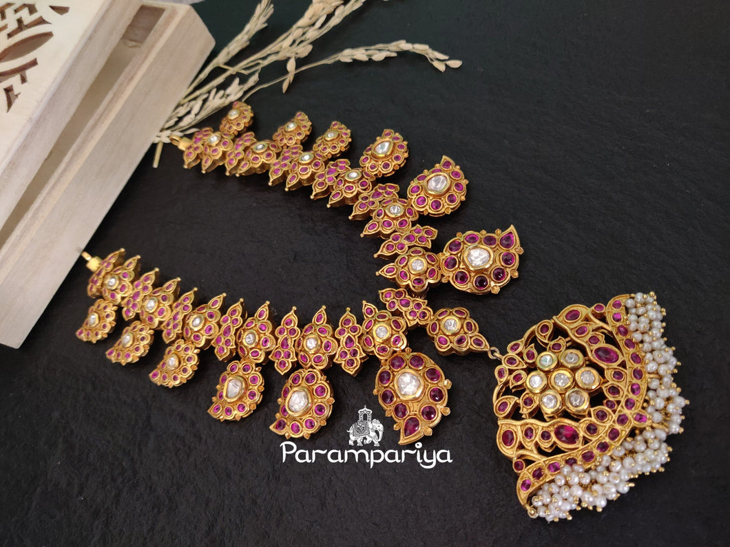 Kemp with Kundan paisely necklace
