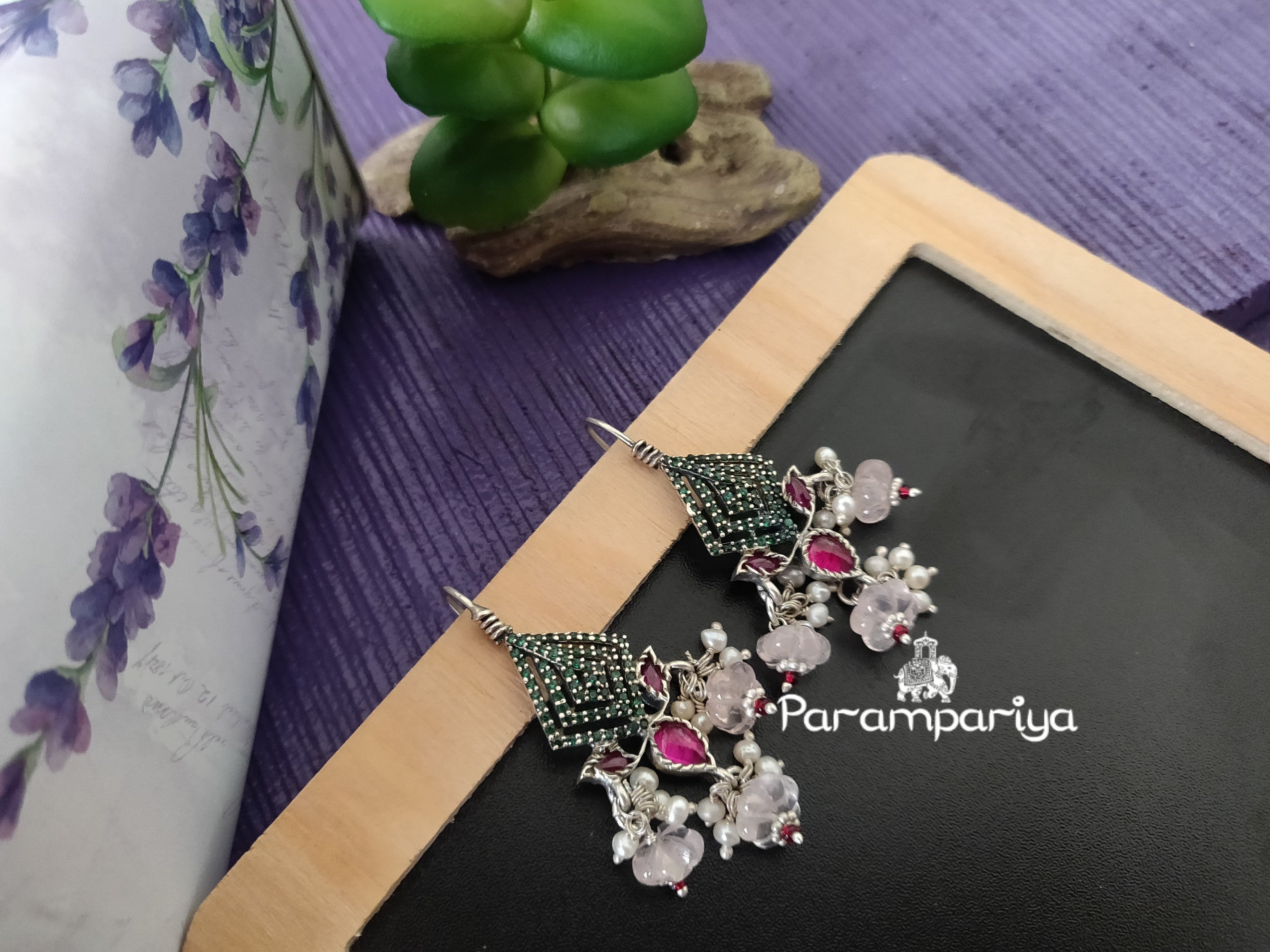 Contemporary kundan earrings