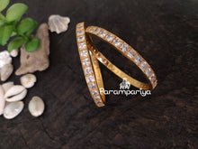 Load image into Gallery viewer, White Zircon bangles