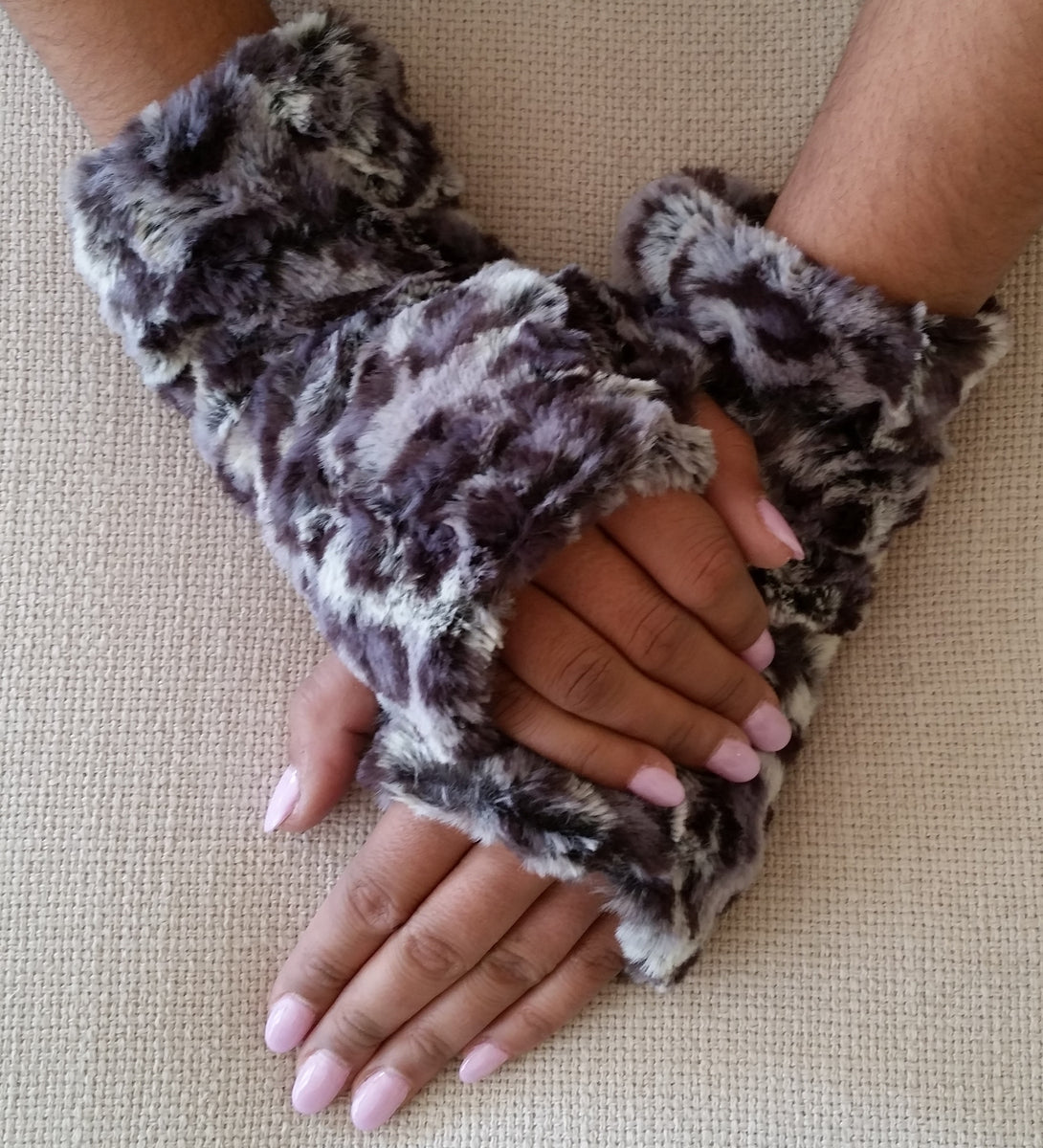 bobcat faux fur fingerless mittens