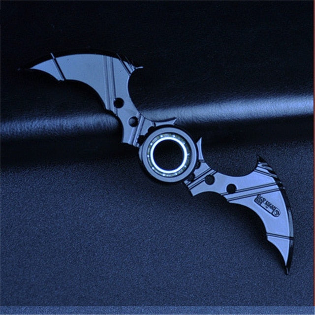 16CM NECA Cartoon Comics Arkham Knight Batarang Replica