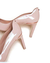 Load image into Gallery viewer, Ted Baker Eriinl Patent Leather Courts Nude