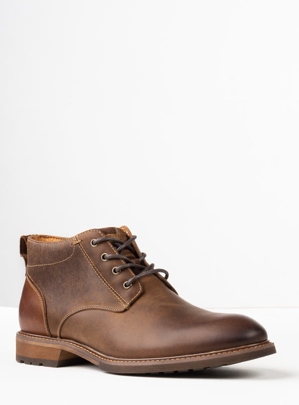 """Lodge"" Plain Toe Chukka Boots - Florsheim -BROWN"