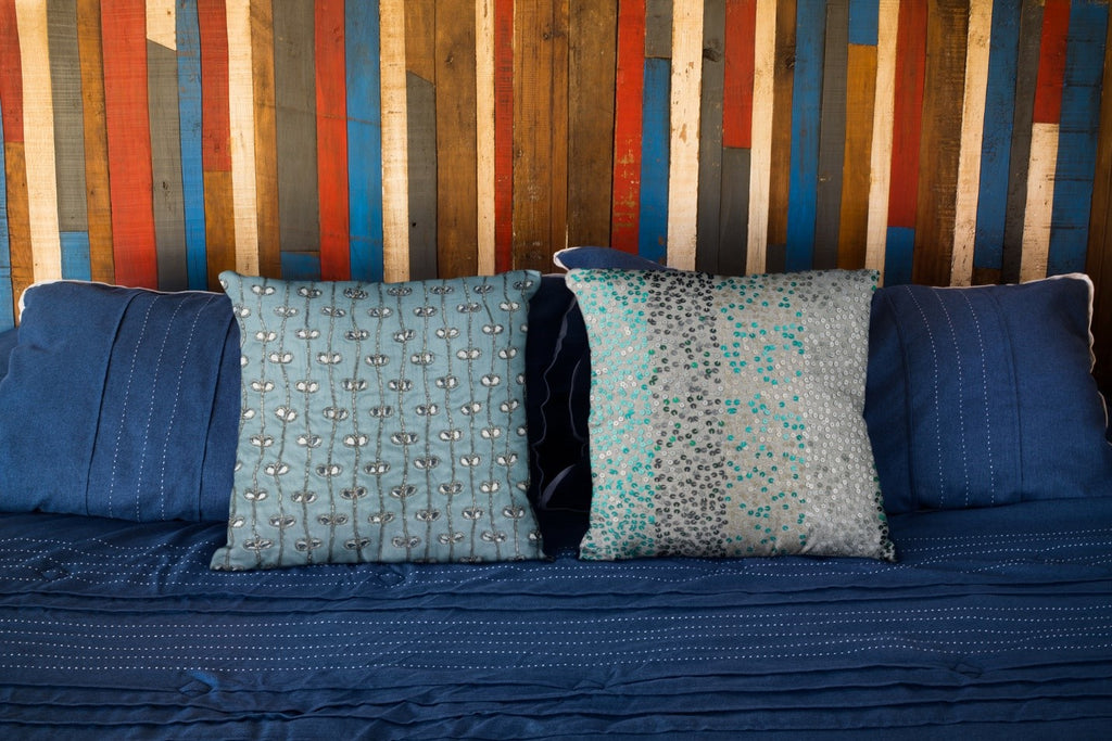 Choosing Pillow Covers