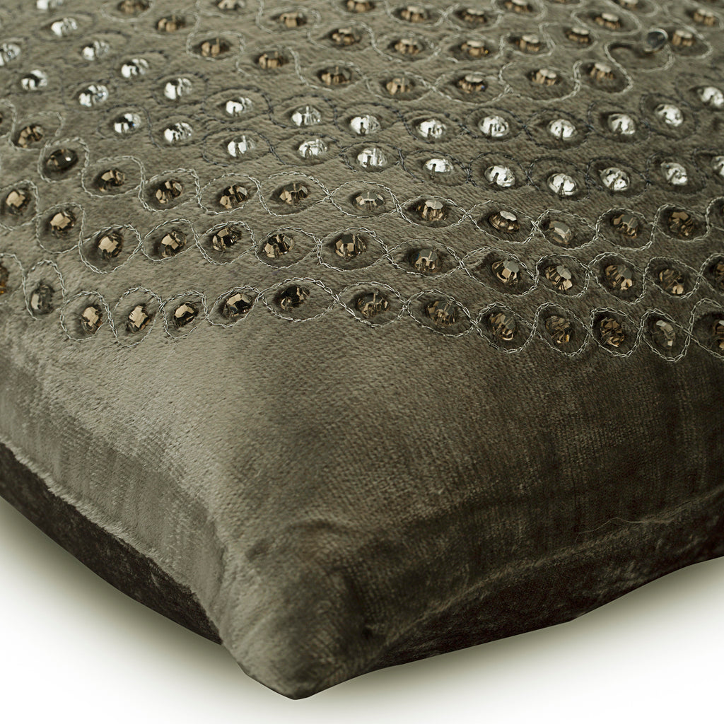 Crystal Wonder - Gray Velvet Throw Pillow Cover