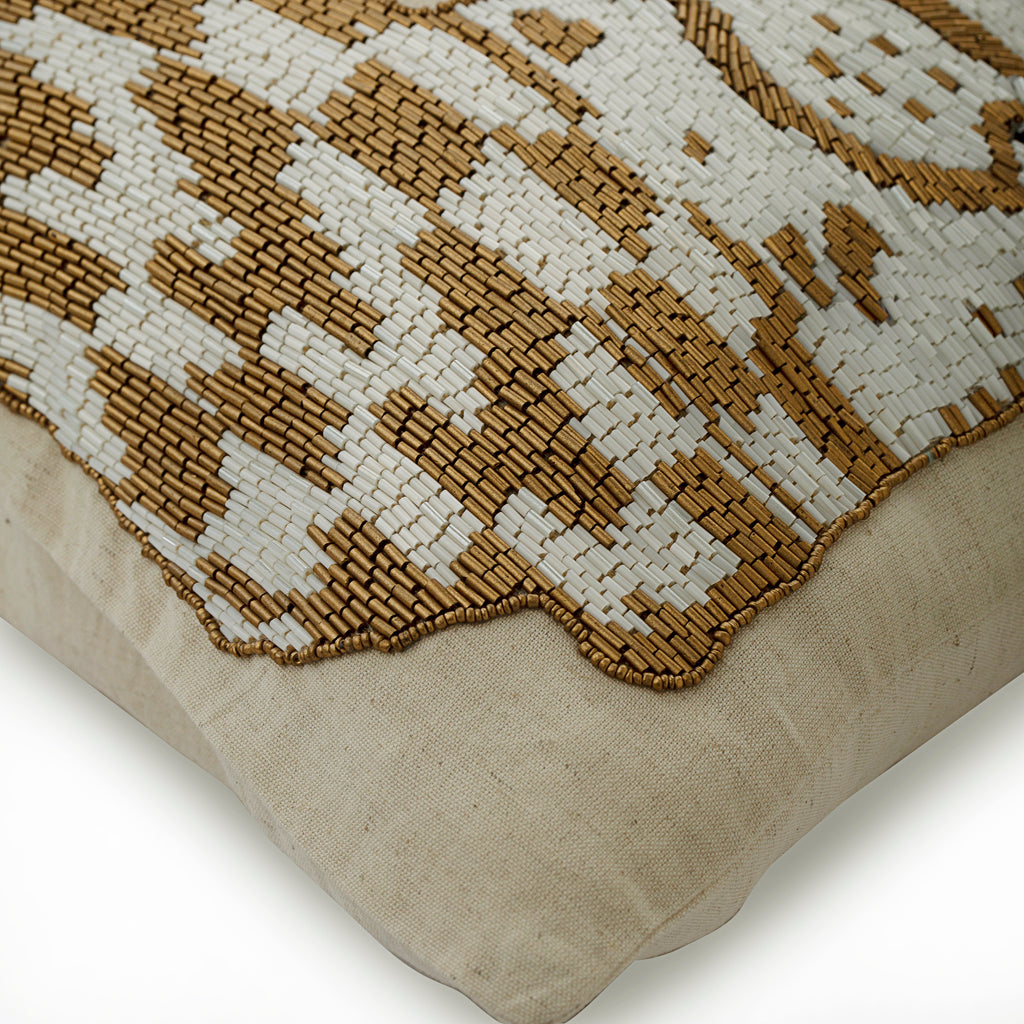 Leopard Purr - Natural Beige Cotton Linen Throw Pillow Cover