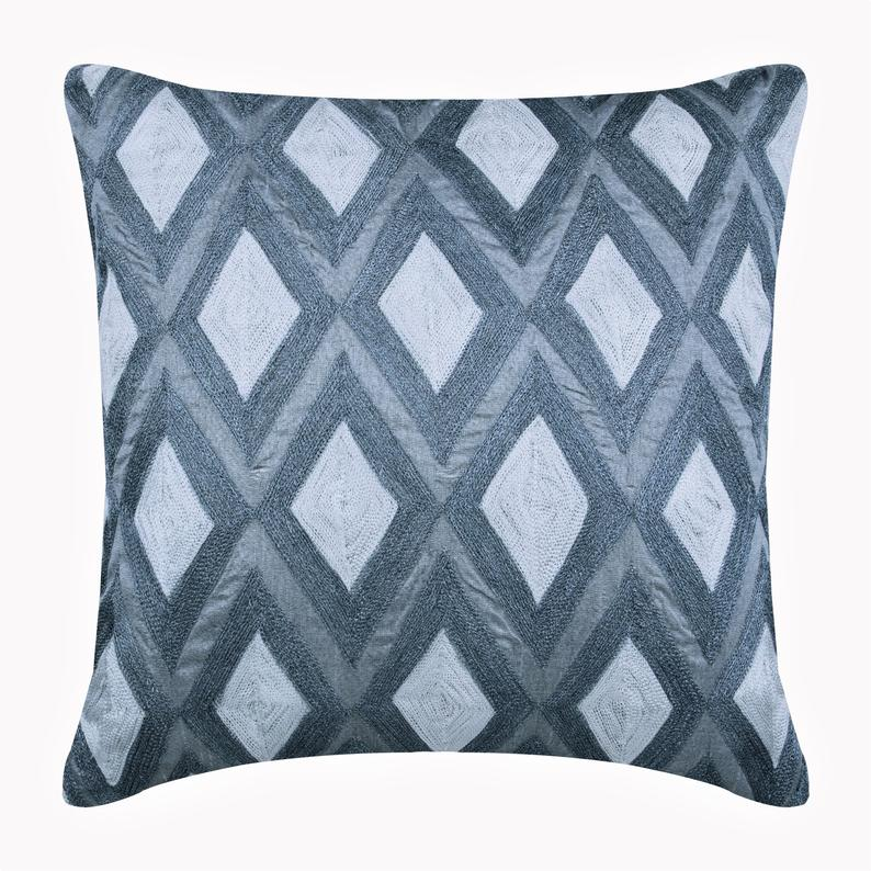 Magnet Resist Pillow Cover