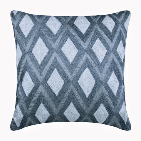 products/magnet-resist-silver-silk-geometric-modern-embroidery-pillow-covers_a28f7e13-8d39-48b0-a128-3b3b1c725f91.jpg