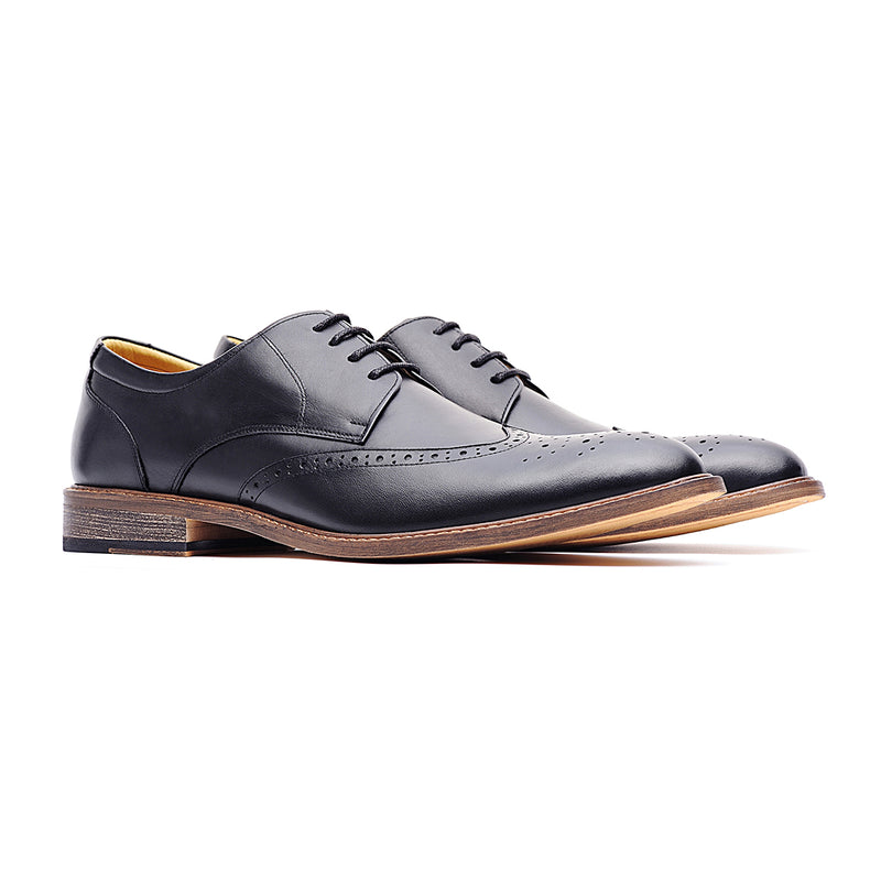 09769-Men pointy-toe formal leather shoes (Black)