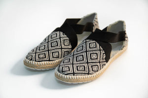 Balam Sandals - Black - KUNST & EATS