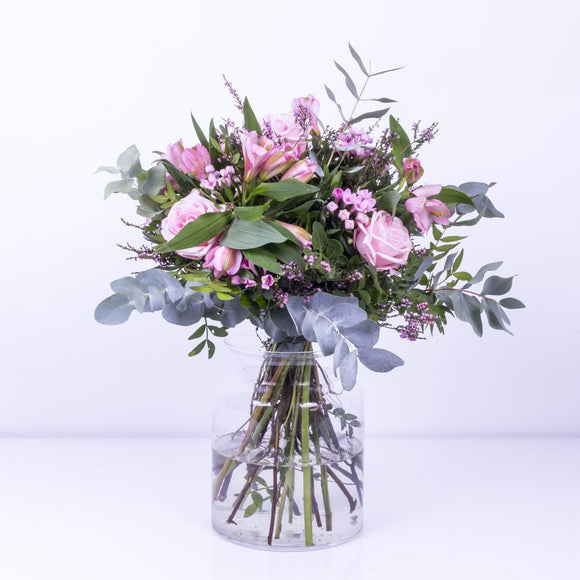 Pink Cupid Flower Bouquet - KUNST & EATS