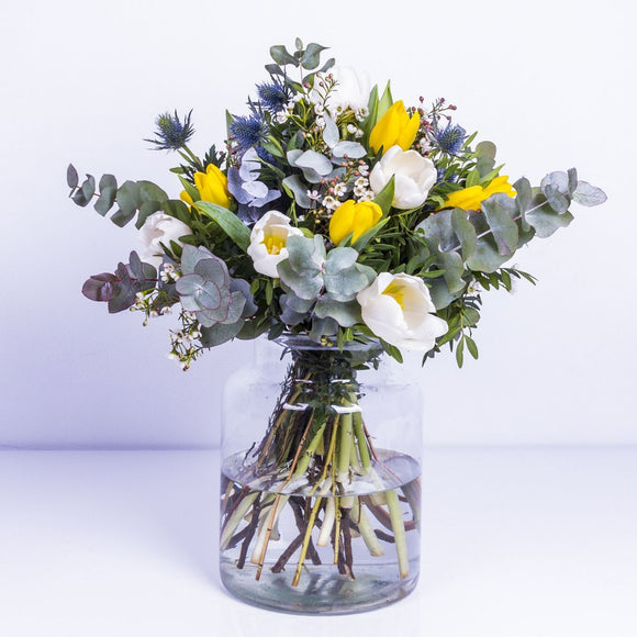 Starry Night Flower Bouquet - KUNST & EATS