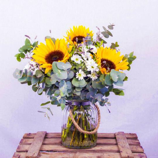 Here Comes The Sun Bouquet - KUNST & EATS