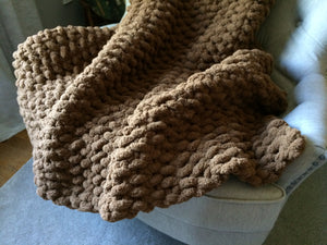 Chunky Knit Brown Throw