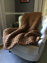 Load image into Gallery viewer, Chunky Knit Brown Throw