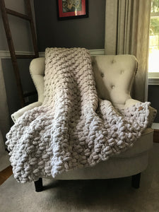 Chunky Knit Throw Blanket | Light Gray Knit Throw - Hands On For Homemade