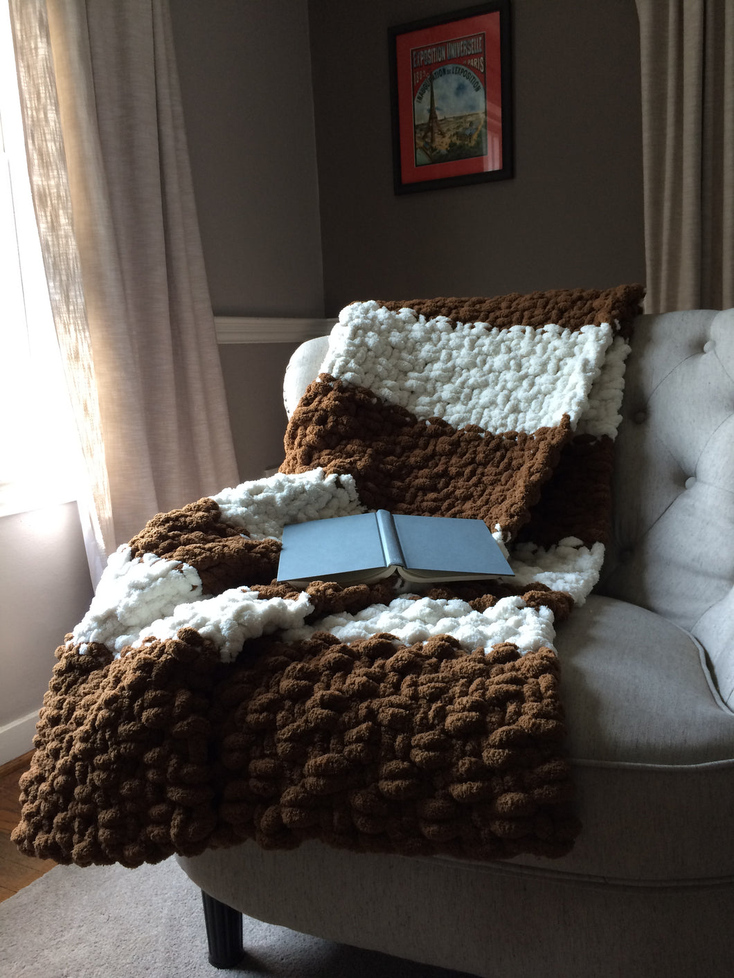 Chunky Brown and White Throw