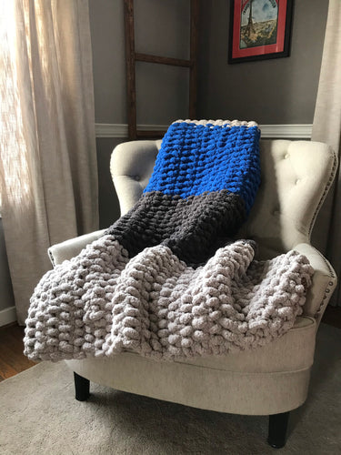 Chunky Knit Blanket | Gray and Royal Blue Knit Throw - Hands On For Homemade