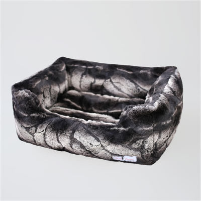 Chinchilla Deluxe Dog Bed