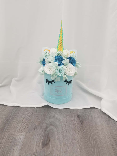 Blue Velvet Unicorn Rose Bouquet