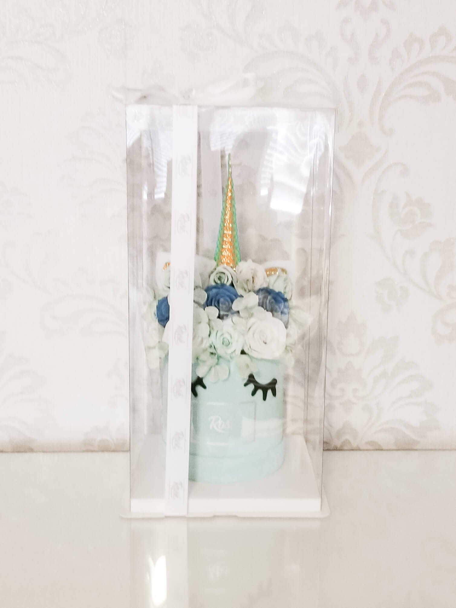 Unicorn Bouquet - Medium Blue Velvet Box