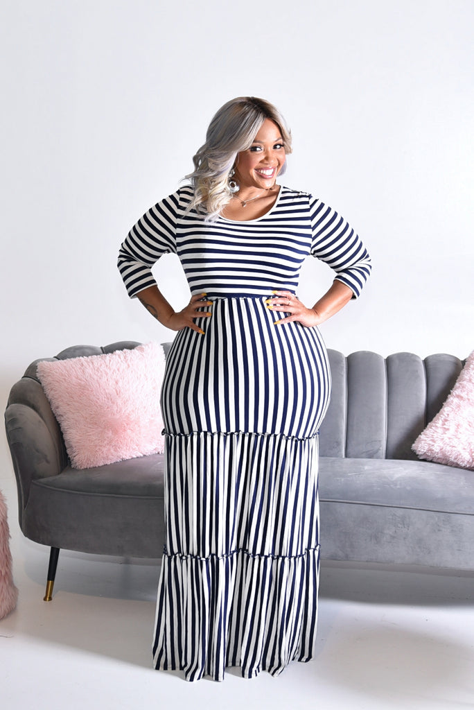 STRIPED TIERS MAXI DRESS (S-3XL)