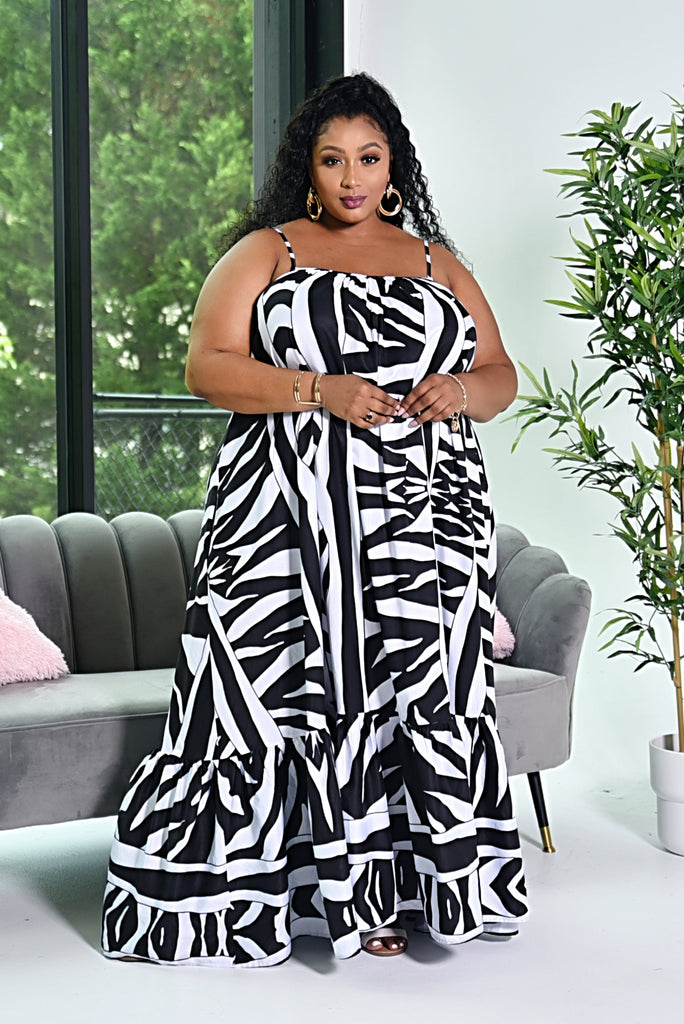 RICH AUNTIE MAXI DRESS