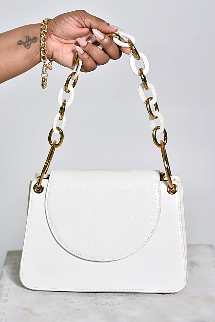 WHITE & GOLD CHAIN BAG