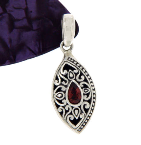 ¦Solid Sterling Silver Bali Cluster Marquise Shape Garnet Pendant » P412